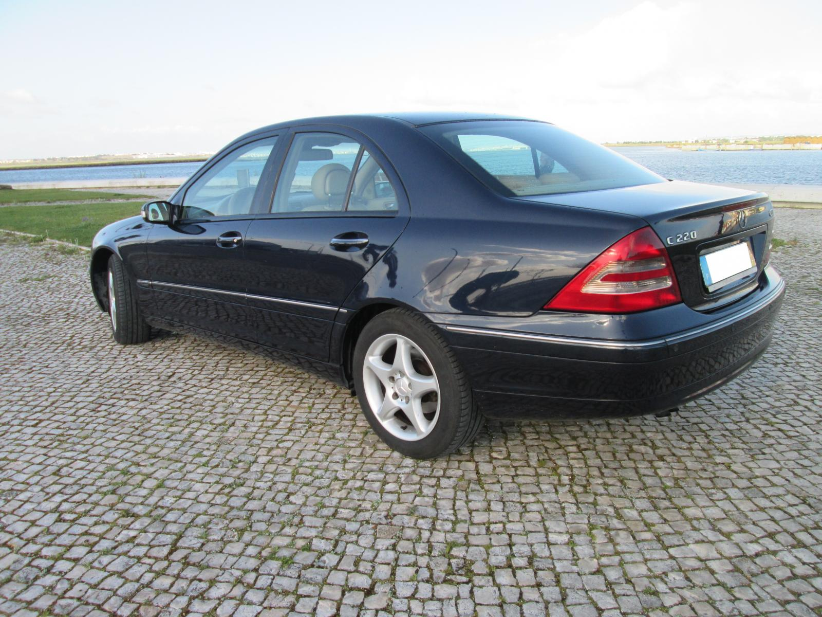 mercedes benz c 220 cdi elegance usado 2001 paulo sousa autom veis. Black Bedroom Furniture Sets. Home Design Ideas