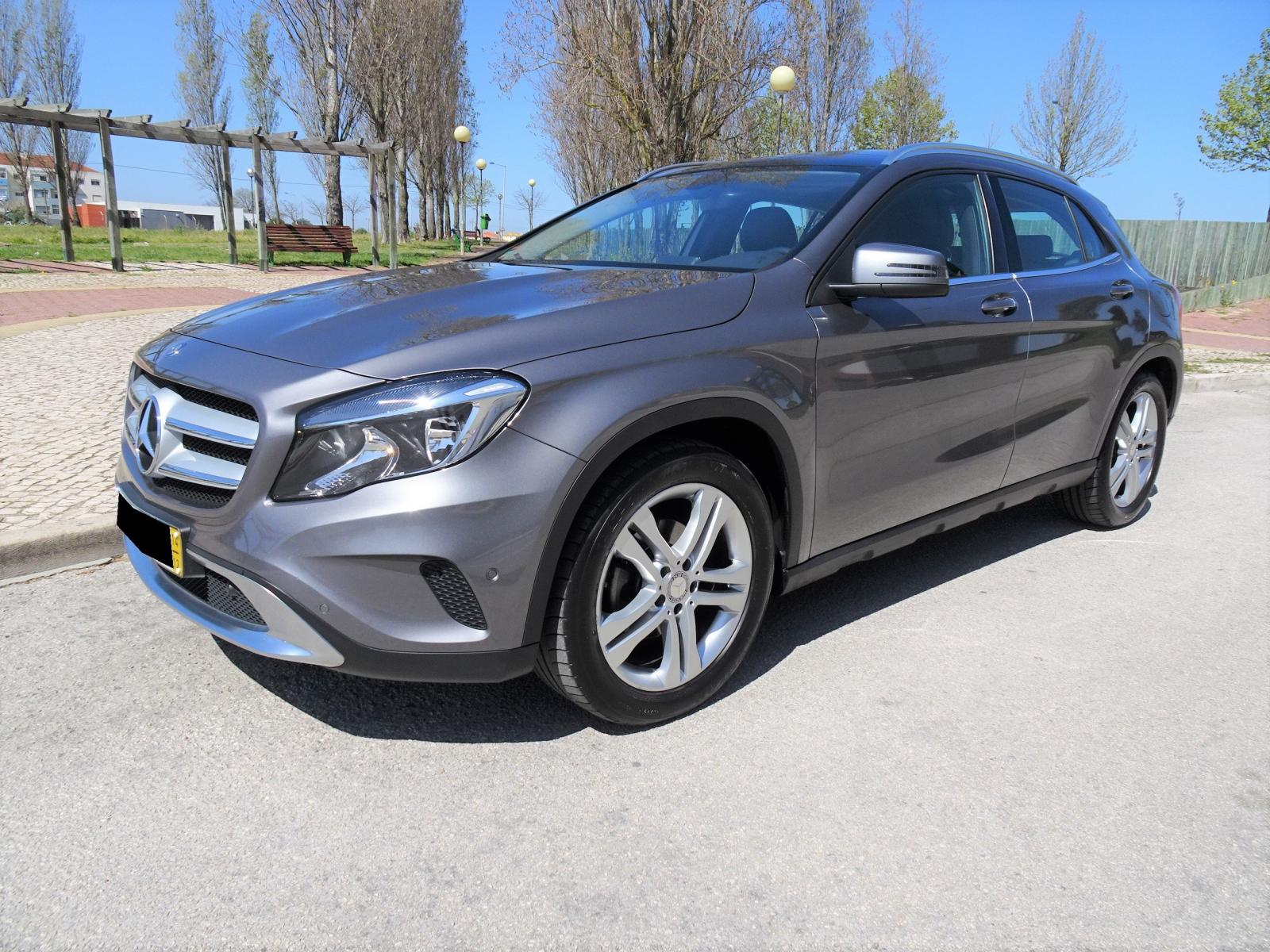Mercedes-Benz-GLA 200 CDI Urban