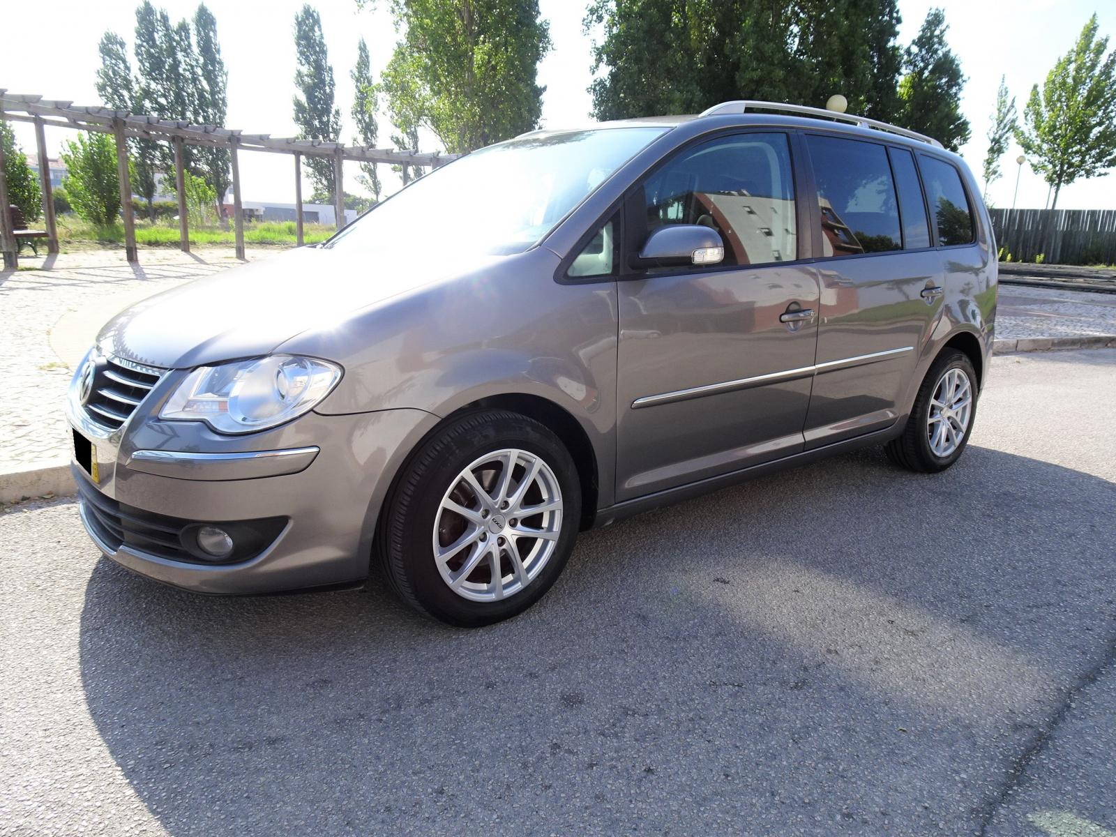 VW-Touran 1.9 TDI Bluemotion 7 Lugares