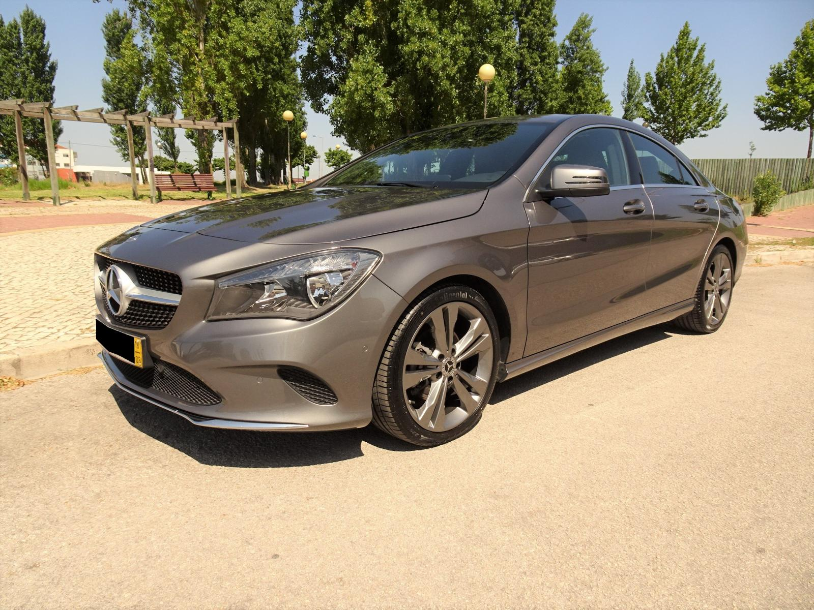 Mercedes-Benz-CLA 180 d Urban